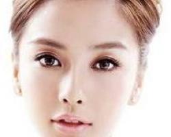Angelababy堪稱是華人世界中最適合當芭比整形術的model